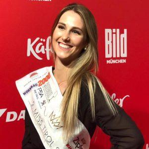 Wimpern von Vize Miss Tirol Patricia Eller